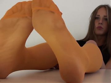 Sexy Woman Nylon Feet